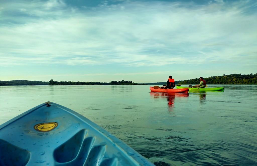 Iguazu immersion jungle Argentine Brésil Voyage Tierra Latina kayak rio iguazu