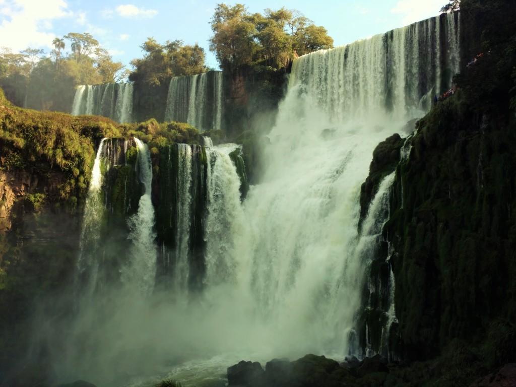 Iguazu immersion jungle Argentine Brésil Voyage Tierra Latina chutes iguazu cascades