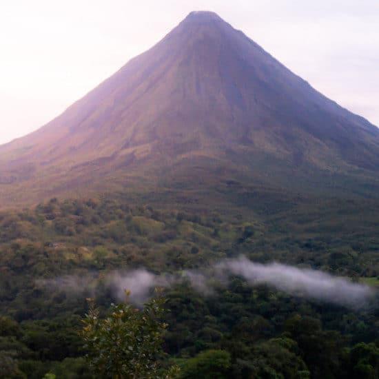 tierra-latina-TRAIL-volcan-arenal-costa-rica