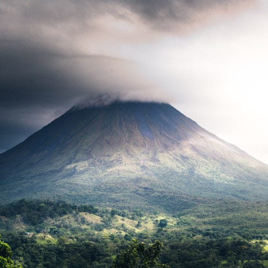 tierra-latina-cosmic-timetrave-volcan-costa-rica