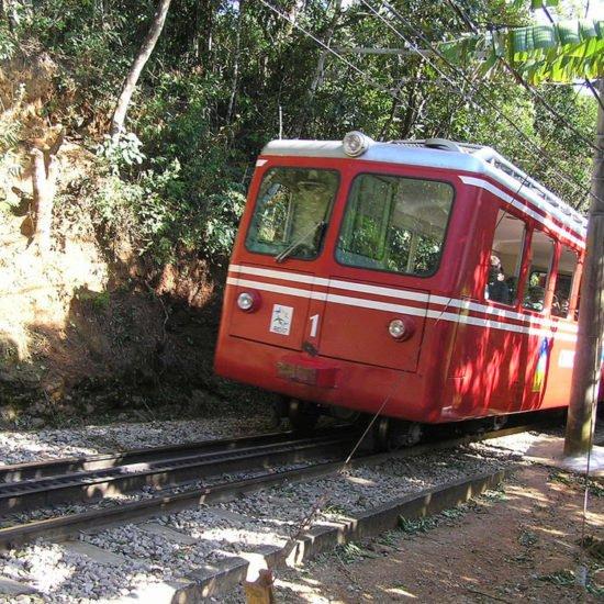 Bresil Rio de Janeiro train corcovado
