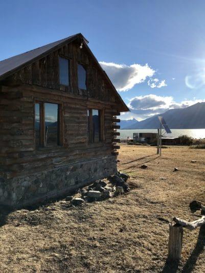 argentine patagonie estancia champs gauchos paysage nature immersion à perte de vue montagne el calafate ferme auberge gite