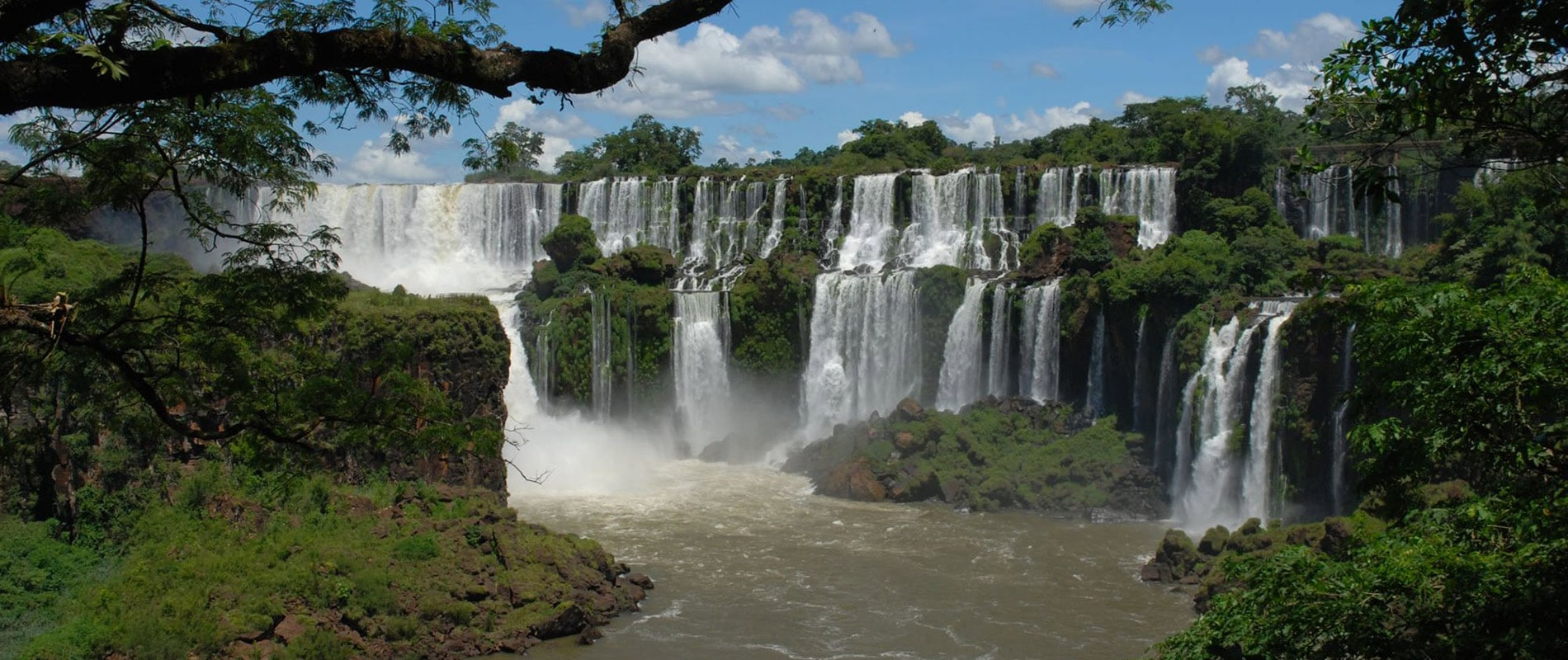 argentine chutes iguazu immersion nature cascade parc national cataratas