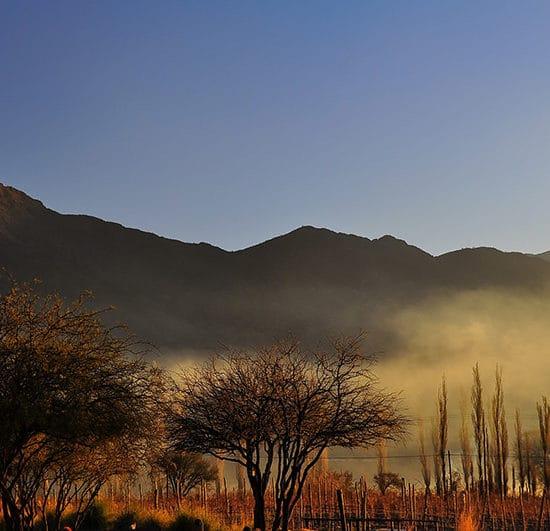 argentine cachi nord ouest argentin lever du soleil nature montagne paysage brouillard
