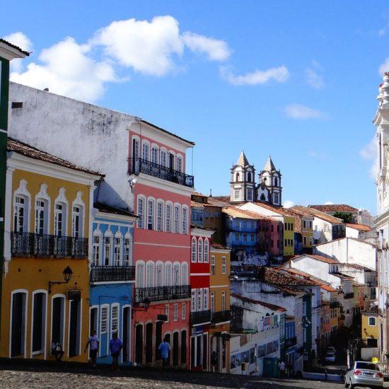 Salvador de Bahia Bresil pelourinho maisons colorées