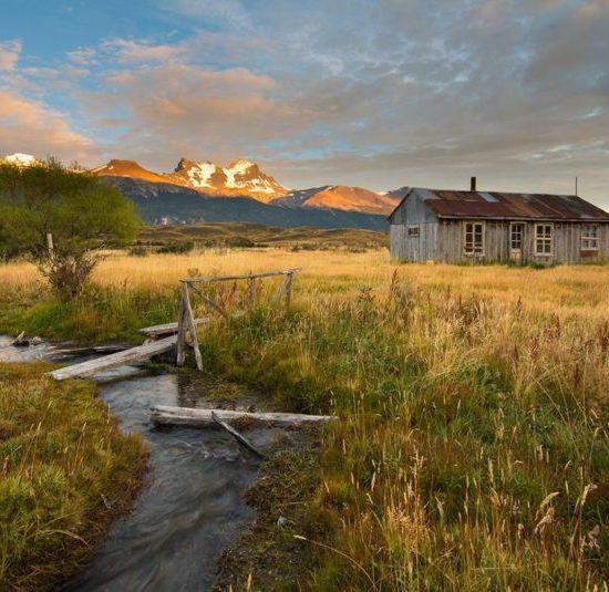 argentine auberge nature campagne montagne dépaysement des glaciers cachés patagonie escondidos puesto de la laguna ferme