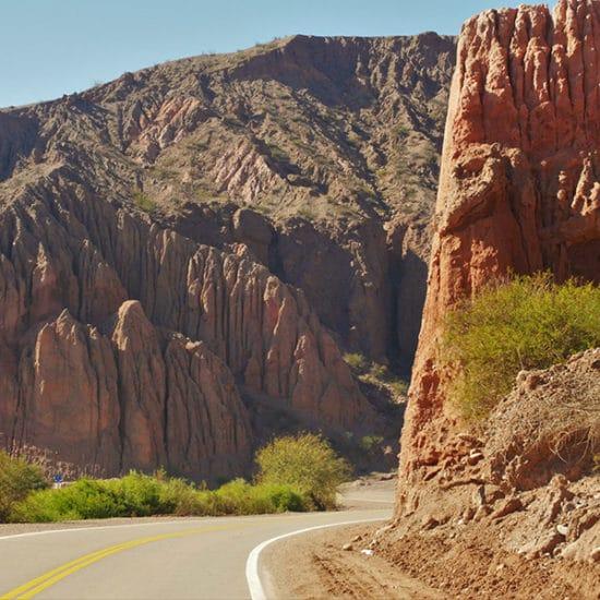 argentine salta nord ouest argentin immersion quebrada de humahuaca route désert cagnard