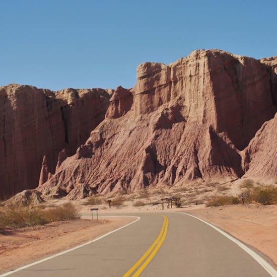 argentine salta cafayate route désert nord ouest argentin immersion quebrada de humahuaca montagne excursion