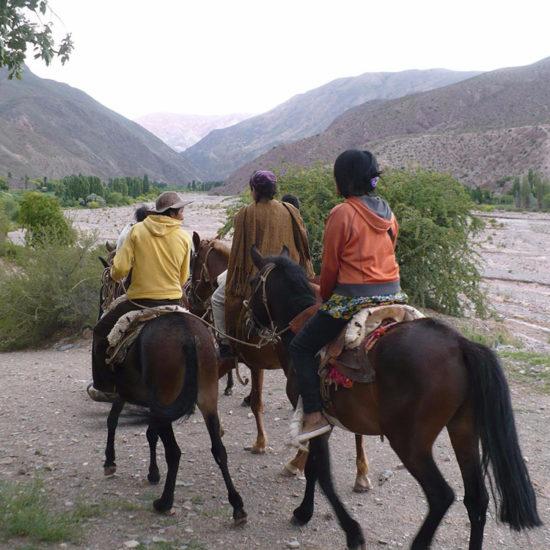 argentine cafayate communauté andine habitant guide balade cheval randonnée découverte quebrada humahuaca montagne andes