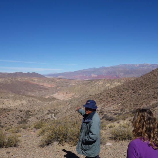 argentine quebrada humahuaca nord ouest argentin chez habitantmontagne balade découverte trek trekking randonnée guide panorama communauté andine