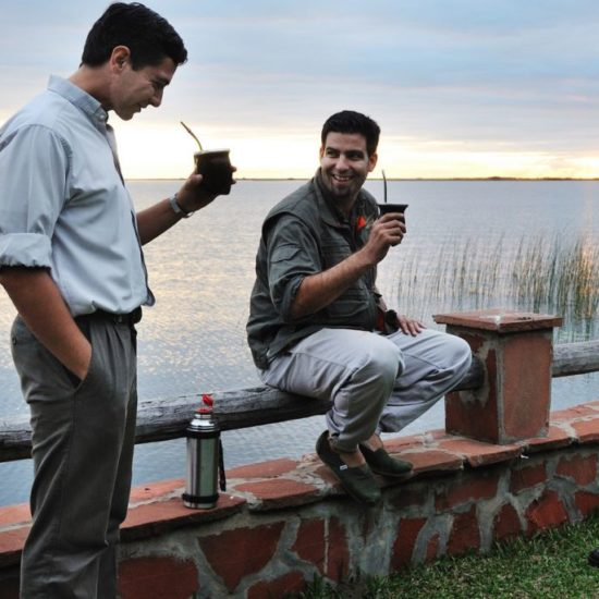 argentine estancia esteros del ibera maté nature corrientes lac réserve eau douce convivialité