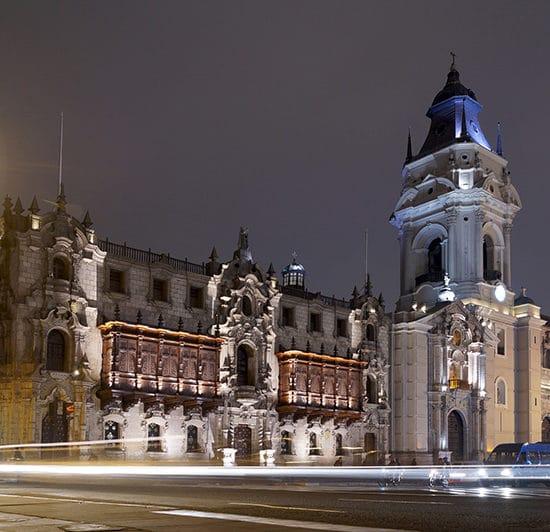 pérou lima capitale cathédrale nuit
