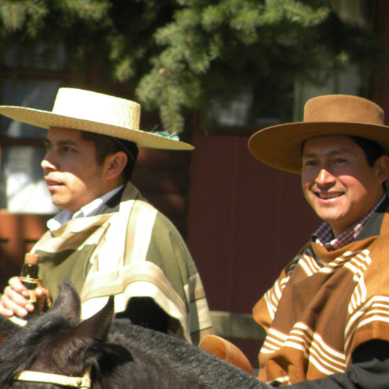Désert atacama chili Curarrehue chiliens gauchos huasos