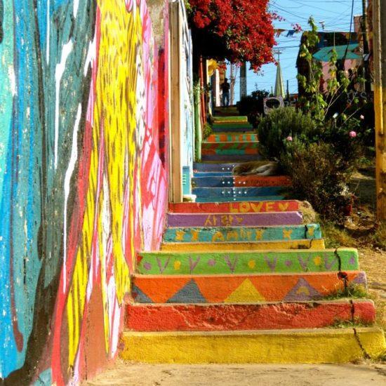 Chili valparaiso escalier couleurs colorés