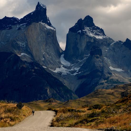 montagnes torres del paine patagonie chili amerique du sud tierra latina