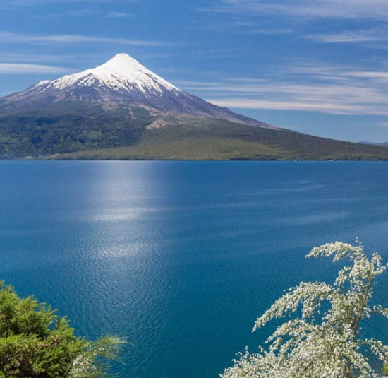 Chili lac Llanquihue Osorno montagne immersion