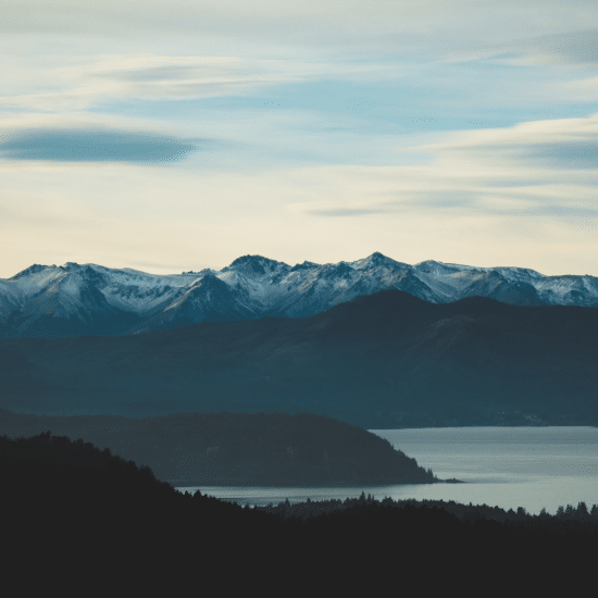 voyage-chili-argentine-bariloche-panorama-tierra-latina-Photo-by-Geronimo-Giqueaux-on-Unsplash