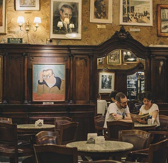 argentine buenos aires irys souvenirs photo expérience unique photographe professionnel café tortoni parisien incontournable