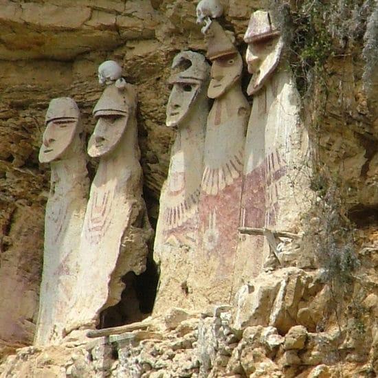 pérou chachapoyas statuettes