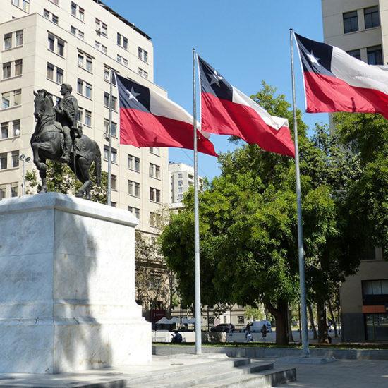 Chili Santiago capitale centre visite guidée drapeau