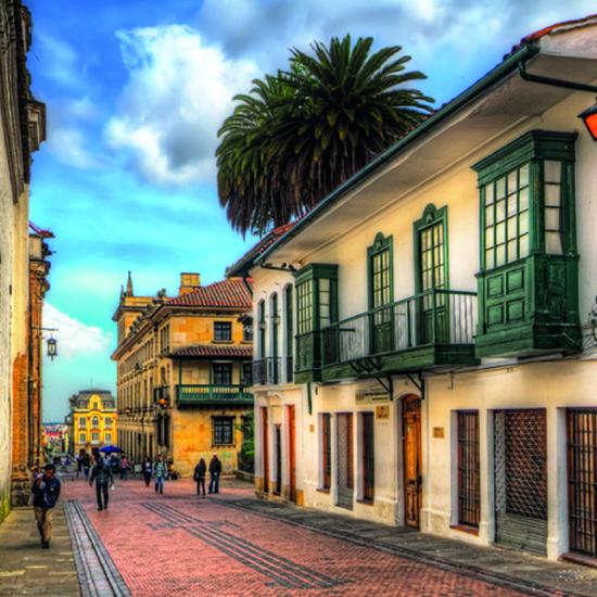 colombie bogota rue maisons colorées