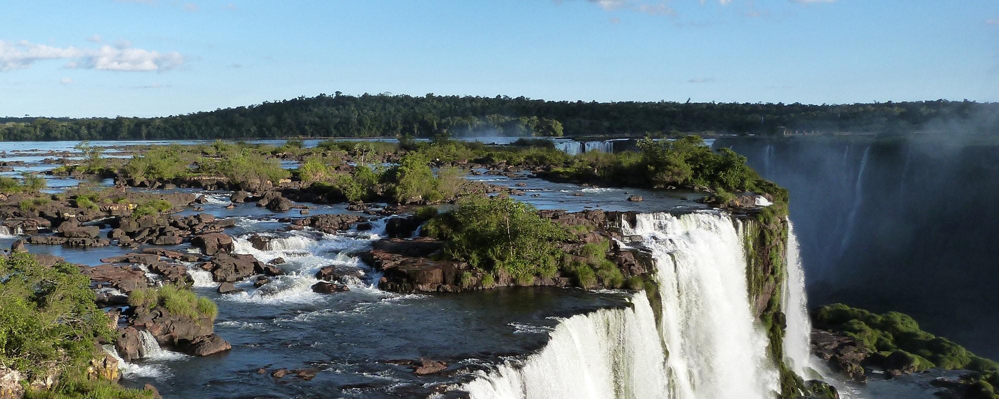 Vacances personnes mobilite reduite Amérique Latine chutes Iguazu Argentine Bresil pmr