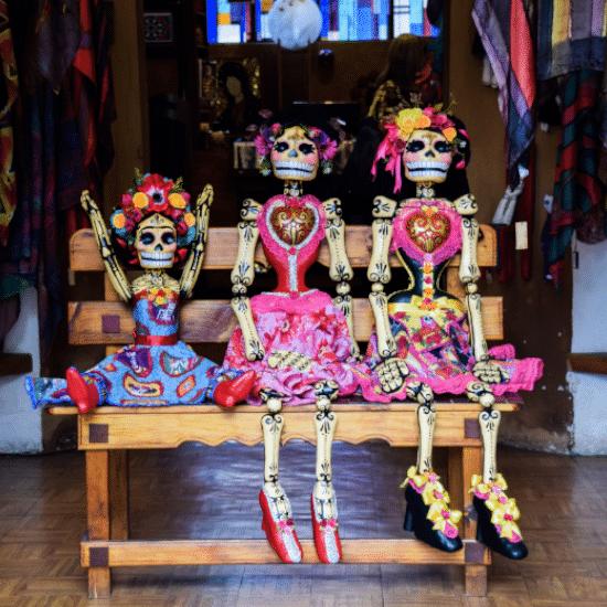 mexique poupées dia de los muertos tradition fête folklore