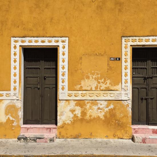 mexique merida yucatan jaune couleur architecture coloniale rue batiment coloré