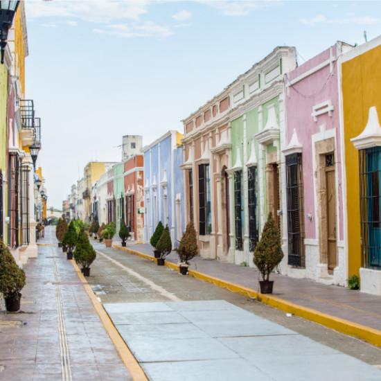 TierraLatina-Mexique--Campeche-Couleur-Rue-Coloniale-Ville-Port