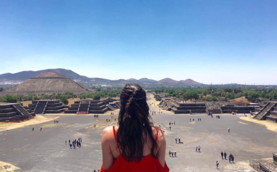 TierraLatina-Mexico-City-Teotihucan-Pyramide-Lune