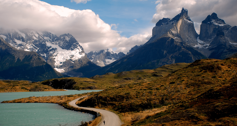 tierra-latina-patagonia-chile-argentina-voyage-combine-snowscat-unsplash