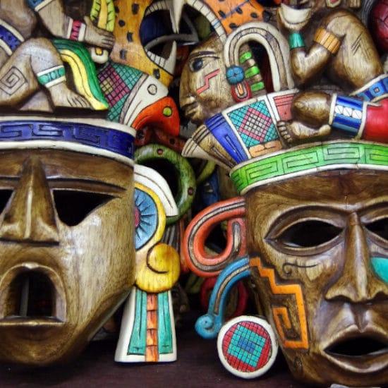 sejour-chez-l-habitant-yucatan-mexique-masque-civilisation-maya-dezalb