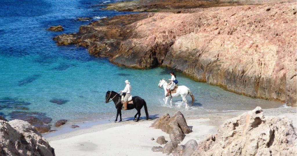 tierra-latina-bahia-bustamante-lodge-exception-lune-de-miel-patagonie
