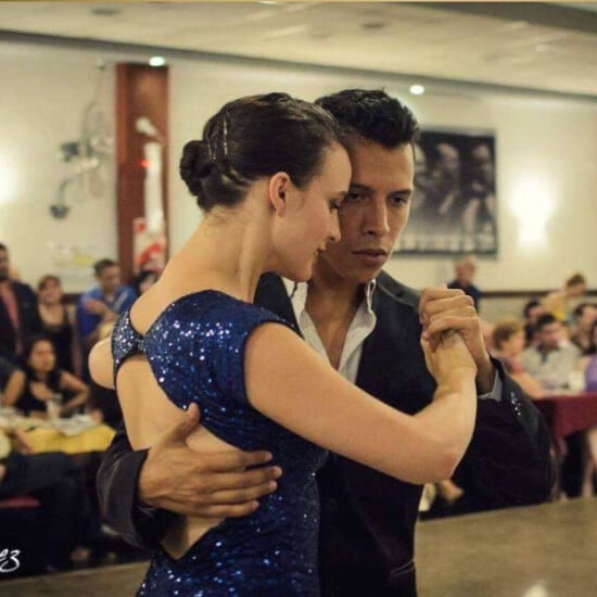 tierra-latina-cours-de-tango-en-ligne-buenos-aires-elise