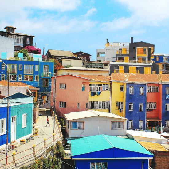 loic-mermilliod-H6KJ2D0LphU-unsplash-valparaiso-visite-virtuelle-guidee-en-ligne-tierra-latina