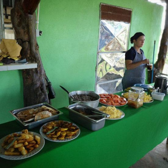 tierra-latina-déjeuner-communaute-rurale-costa-rica