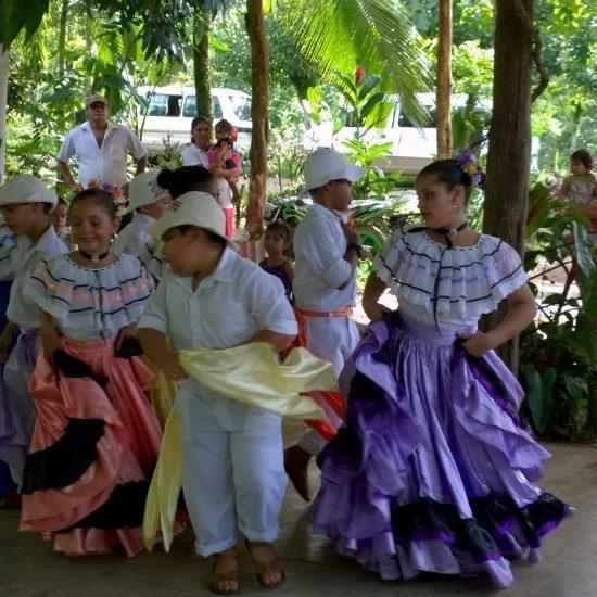 tierra-latina-enfants-communaute-rurale-costa-rica