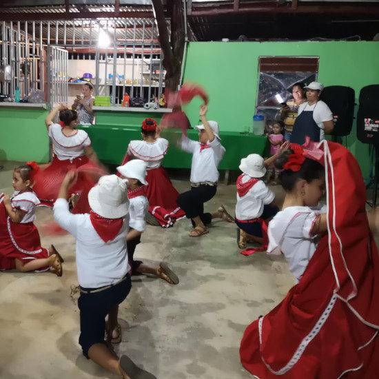 tierra-latina-folklore-communaute-rurale-costa-rica