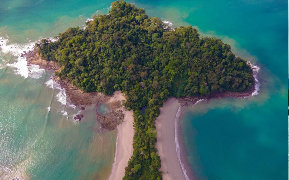 tierra-latina-luis-cent-rod-manuel antonio-costa-rica